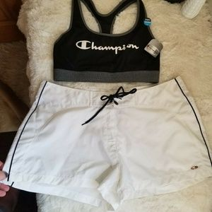 SET Champion Spellout sports bra + White shorts L